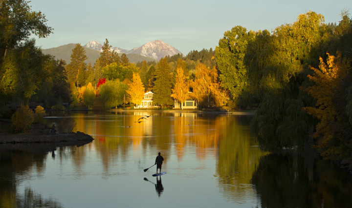 Drake-Park-Sunrise-Paddle-Board-Fall