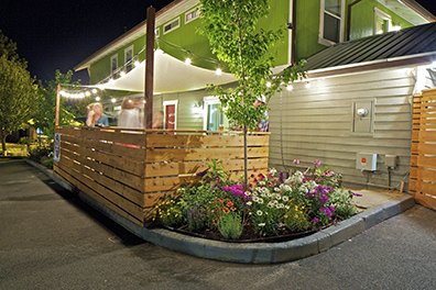 The cozy side deck at Mill Inn – great for barbecues or drinks under the stars!