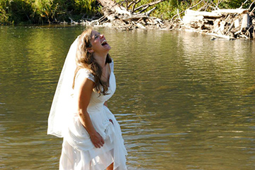 Blogger Tawna got hitched at Tumalo State Park a little over a year ago.