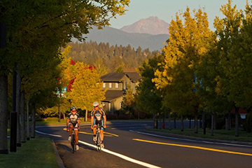 Cycling Mt. Washington Drive in the fall is definitely an experience for your bucket list.