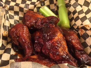 You've got lotsa wings to choose from at Wubba's, but the barbecue ones are simply divine.