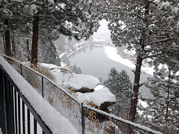 The beautiful, snowy view from Bend's luxurious Pine Ridge Inn on November 13.