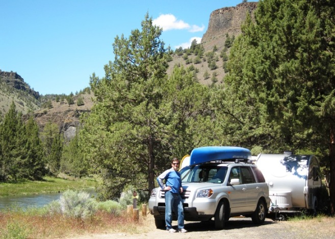 Chip and Jo get set up at Lower Palisades Campground site 11.