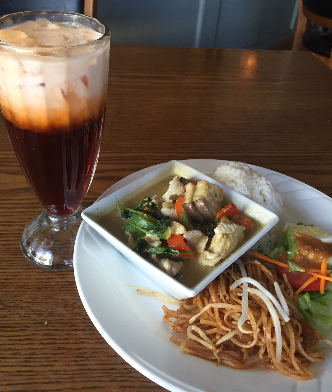 toomies-thai-iced-tea