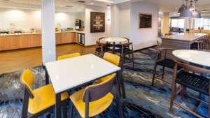 Fairfield-Inn-Suites-Dining-960