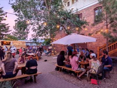 bunk-and-brew-outdoor-patio-gallery-1