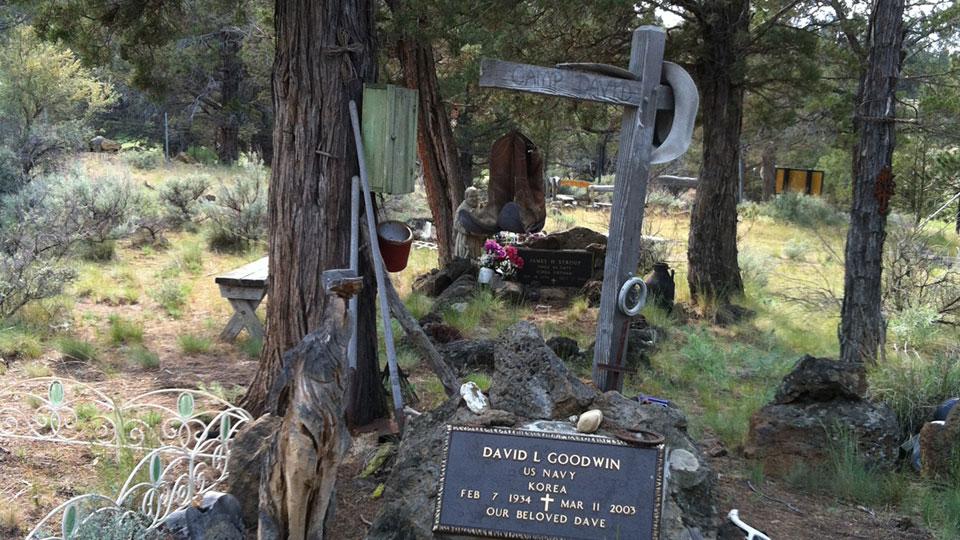 camp-polk-cemetery-960