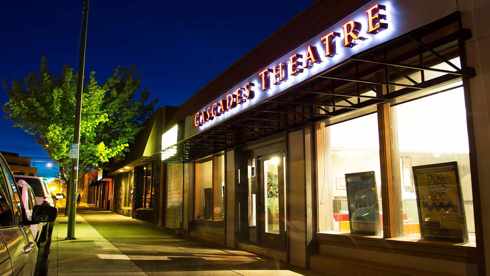 https://www.visitbend.com/wp-content/uploads/2018/04/cascades-theatrical-company-960.jpg