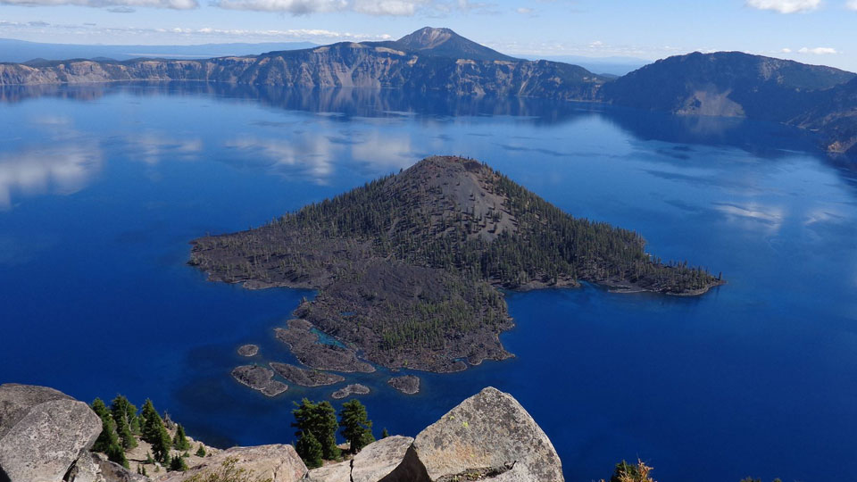 crater-lake-national-park-960