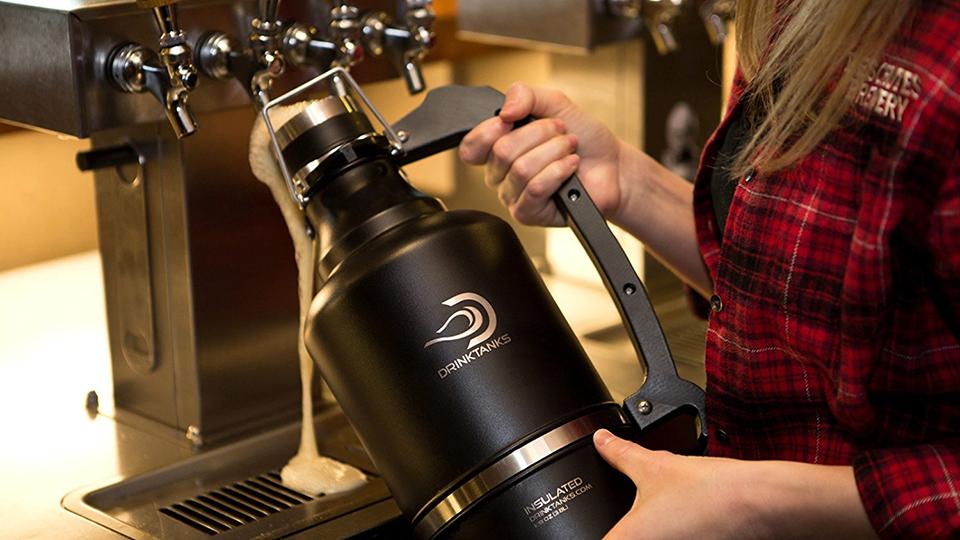 drinktanks-beer-growler-and-persona-kegs-960