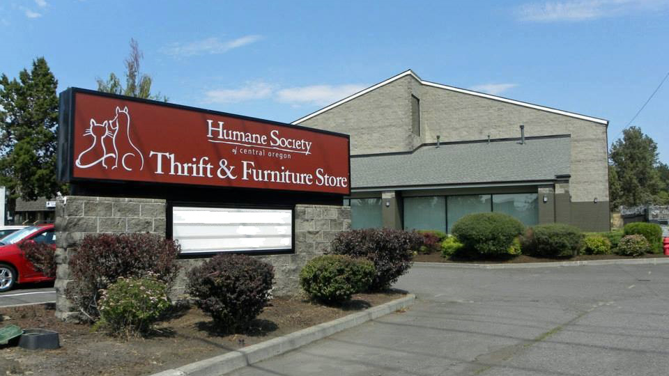 humane-society-of-central-oregon-thrift-store-960
