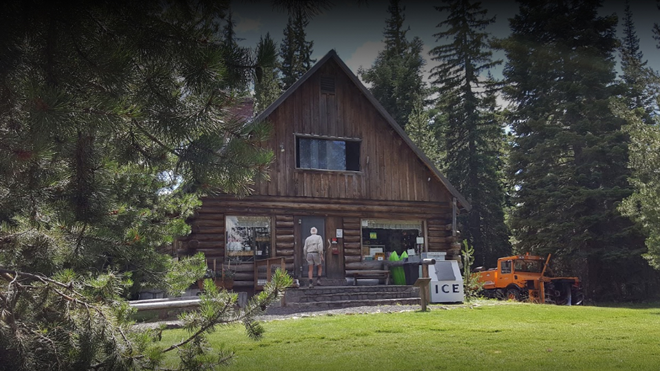 lava-lake-campground-960
