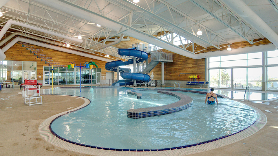 madras-aquatic-center-960
