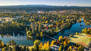 Six spots to see gorgeous fall colors right now in Bend, Oregon