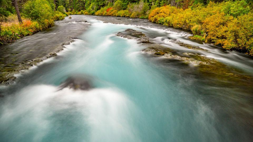 https://www.visitbend.com/wp-content/uploads/2018/04/metolius-river-960.jpg