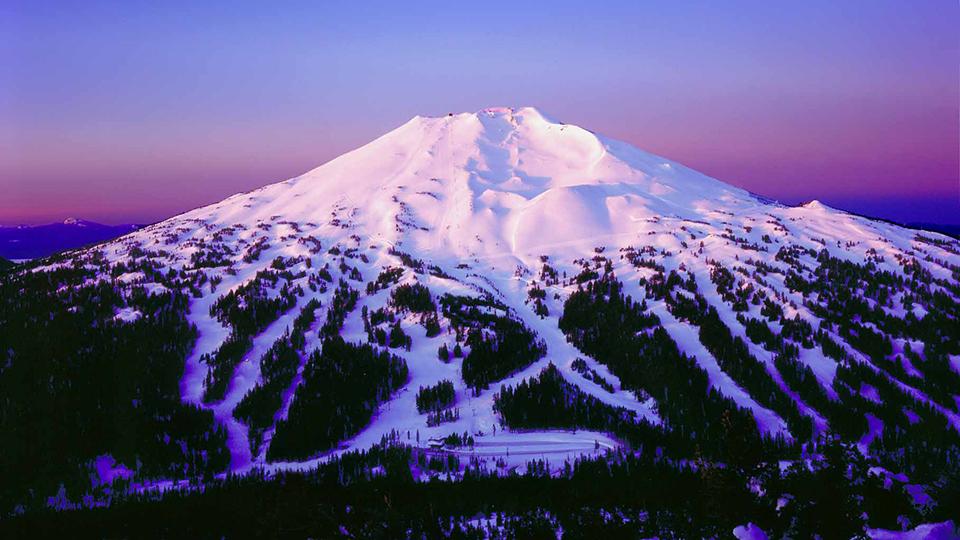 https://www.visitbend.com/wp-content/uploads/2018/04/mount-bachelor-ski-area-960.jpg