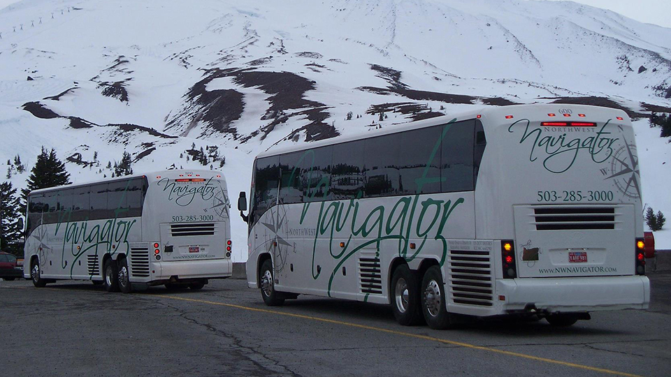 northwest-navigator-and-journey-coaches-960