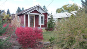 old-town-riverfront-cottage-960