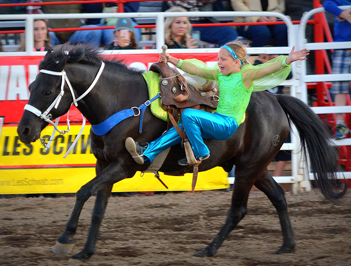 https://www.visitbend.com/wp-content/uploads/2018/04/sisters-rodeo-700.jpg