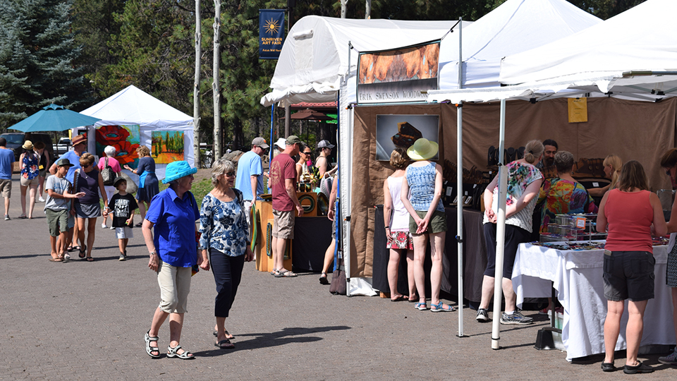 https://www.visitbend.com/wp-content/uploads/2018/04/sunriver-art-fair-960.jpg