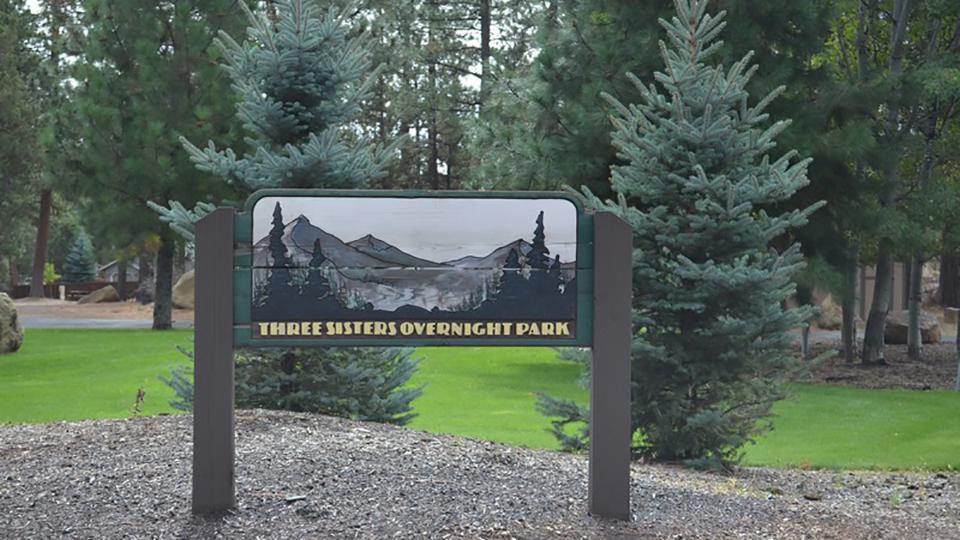 three-sisters-overnight-park-960