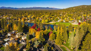 Looking for a Bed and Breakfast in Bend, Oregon? Here's what makes Bend's B&Bs extra special!