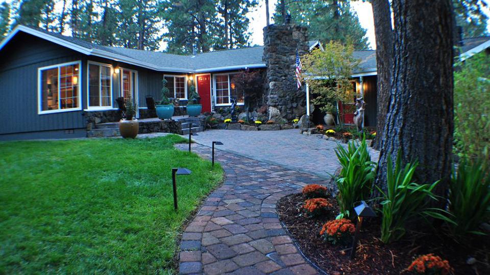 westside-village-house-960