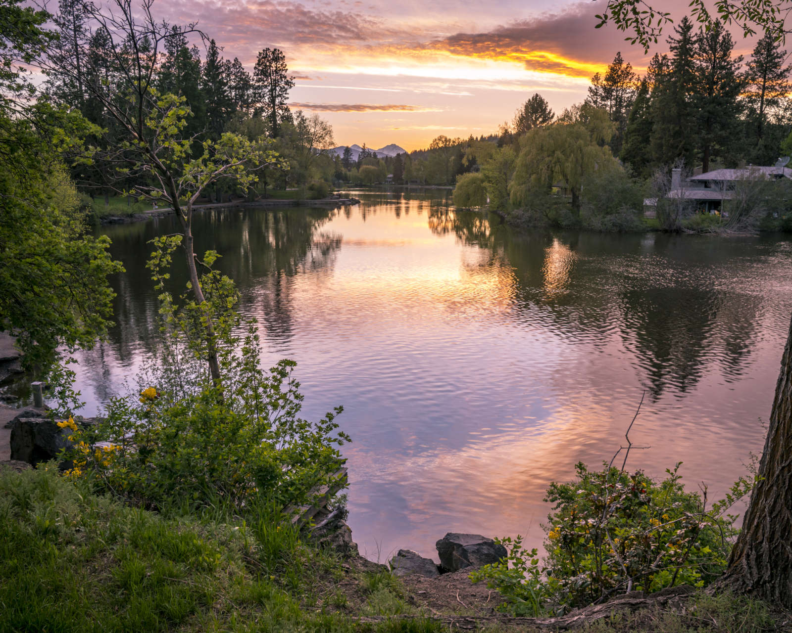 Mirror Pond Bend Oregon Sunset
