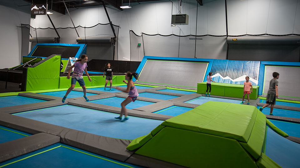 Mountain-Air-Trampoline-Park-Bend-960
