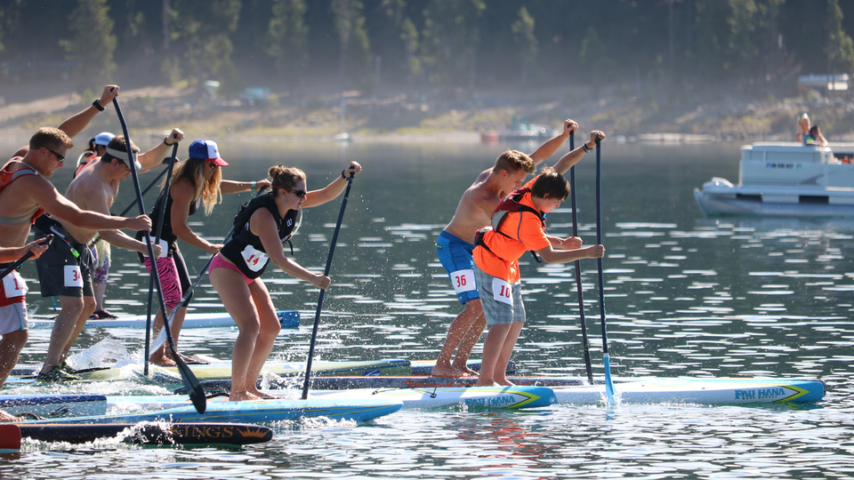 https://www.visitbend.com/wp-content/uploads/2018/08/elk-lake-paddle-board-race-stand-on-liquid.jpg