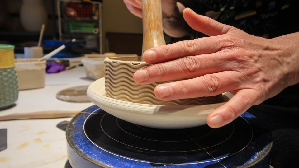 https://www.visitbend.com/wp-content/uploads/2018/09/potterybyyvonne.jpg