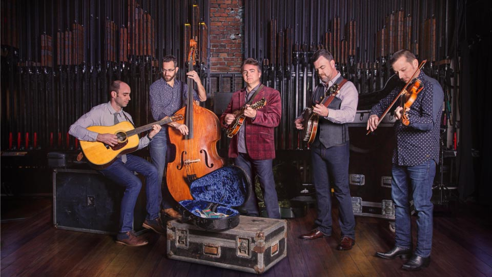 https://www.visitbend.com/wp-content/uploads/2018/10/Travelin-McCourys-Tower-Theatre-960-2.jpg