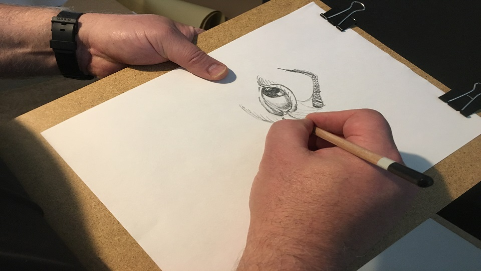 https://www.visitbend.com/wp-content/uploads/2018/12/portrait-sketching.jpeg