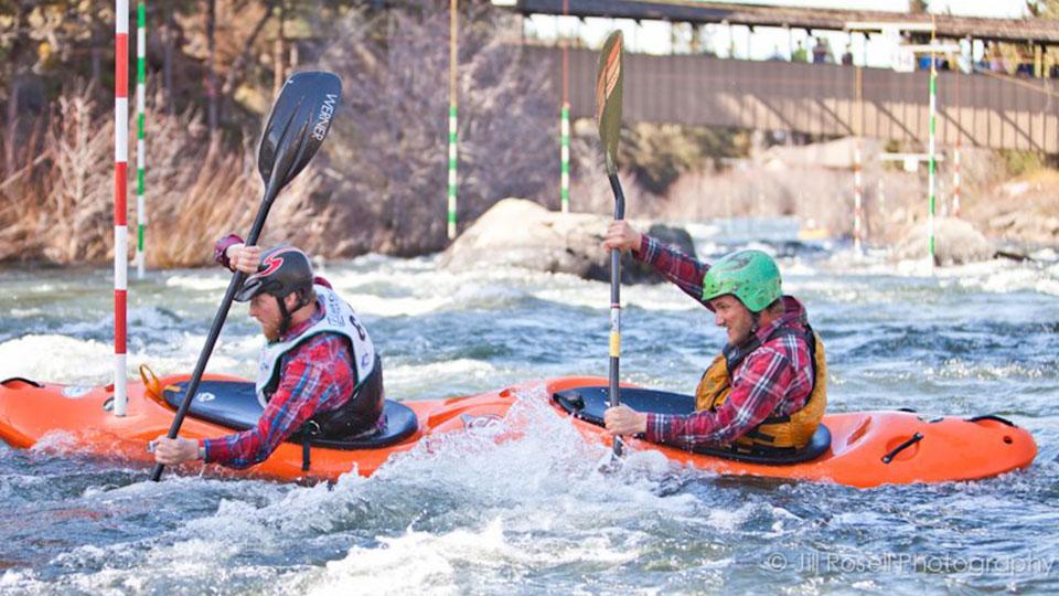 https://www.visitbend.com/wp-content/uploads/2019/03/Deschutes-River-Kayak-Race-Event-960.jpg