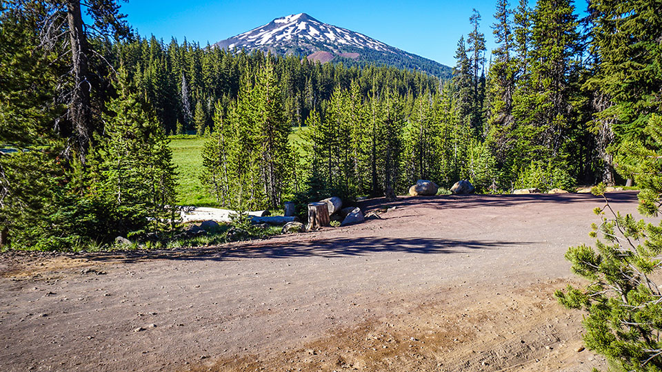 https://www.visitbend.com/wp-content/uploads/2019/03/Oregon-Trail-Gravel-Grinder-960.jpg