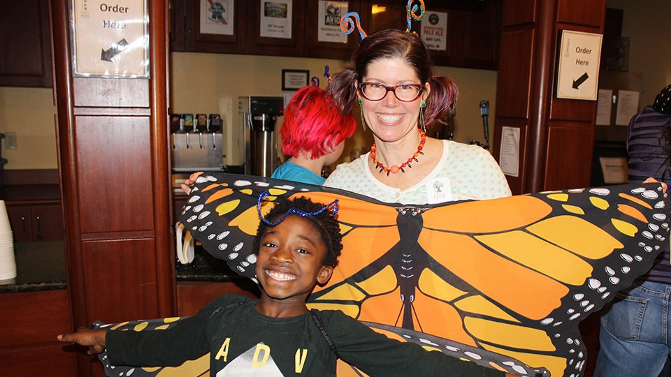 https://www.visitbend.com/wp-content/uploads/2019/04/Deschutes-Land-Trust-Butterfly-Workshop-960.jpg