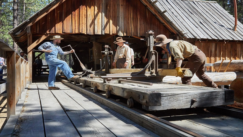 https://www.visitbend.com/wp-content/uploads/2019/05/sawmill-demonstration-HDM-960.jpg