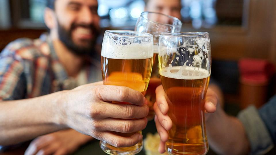 https://www.visitbend.com/wp-content/uploads/2019/07/Beer-Fest-Pronghorn-960.jpg