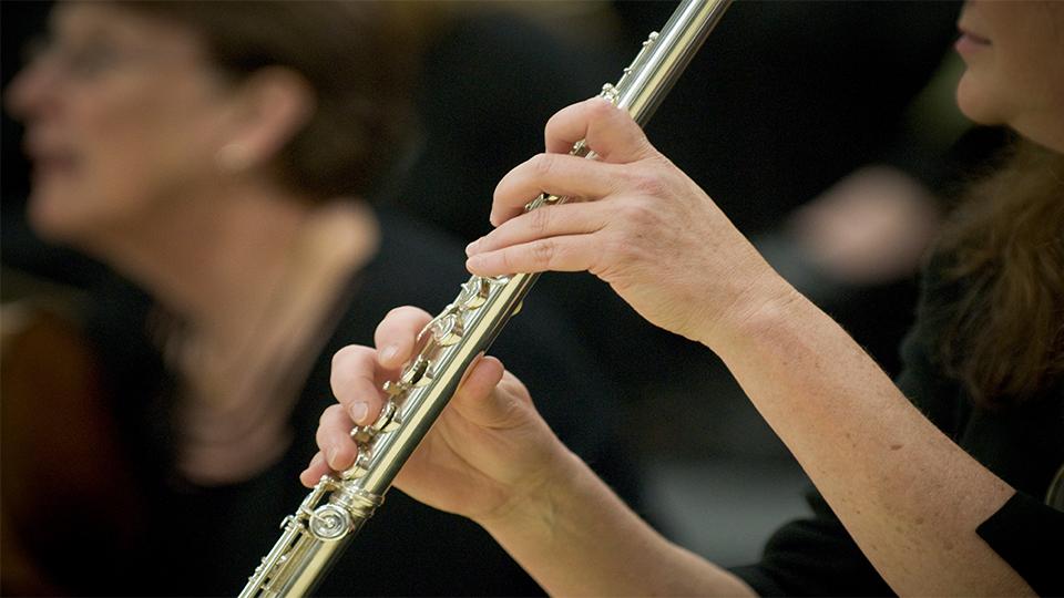https://www.visitbend.com/wp-content/uploads/2020/01/Symphony-flute-960.jpg