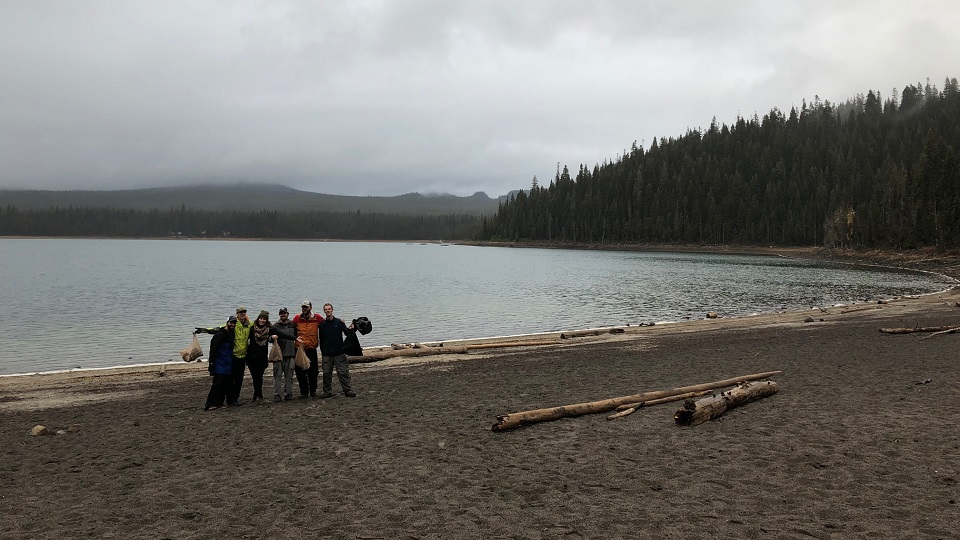 https://www.visitbend.com/wp-content/uploads/2020/09/Cascade-Lakes-Clean-Up-960.jpg