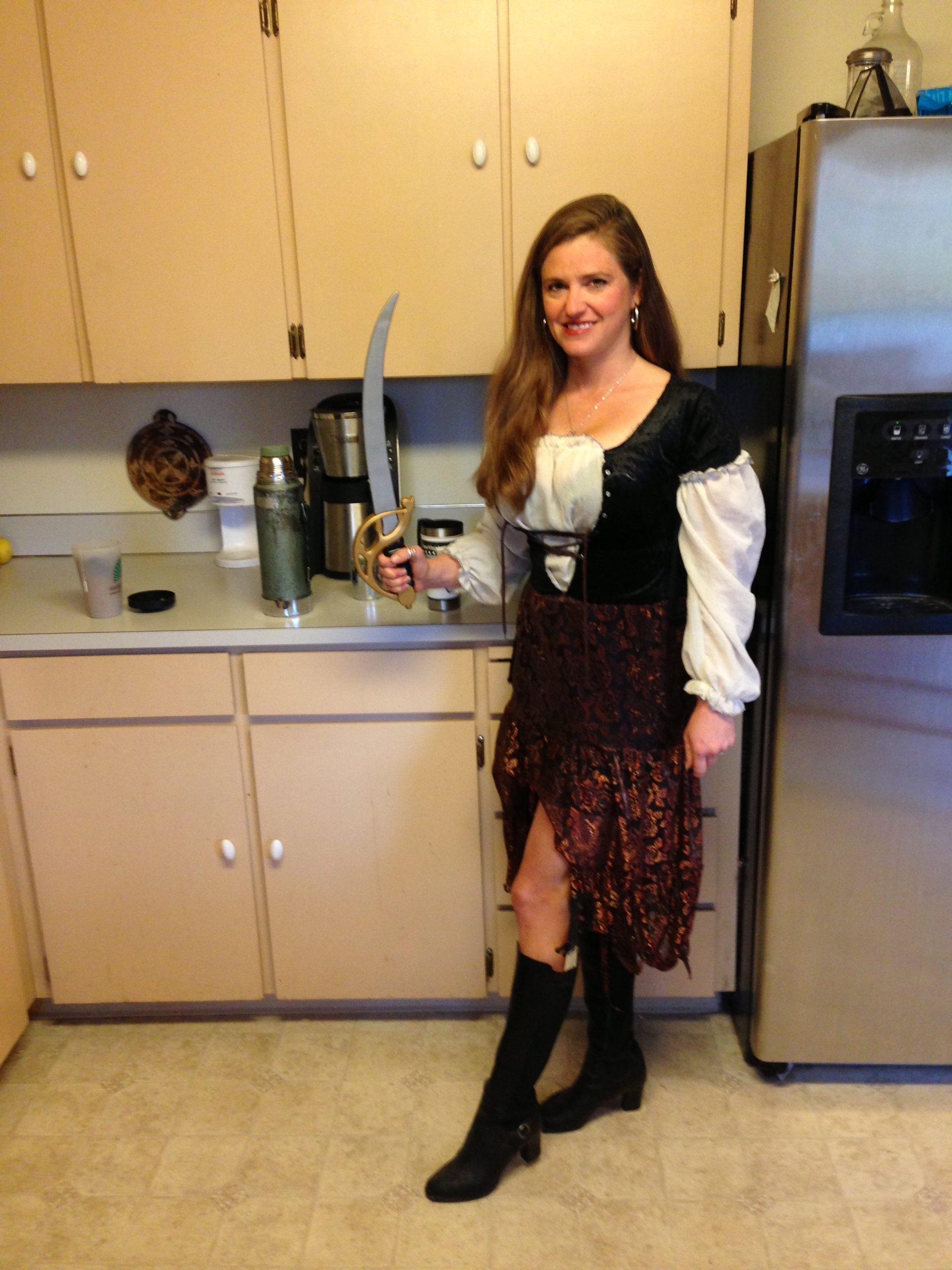 Tawna pirate costume